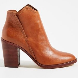 Dolce Vita Shep Ankle Boot